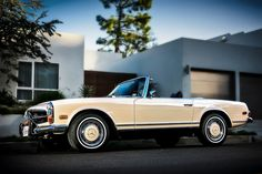 1971 Mercedes-Benz 280 SL 'Pagoda'. Photo: Royce Rumsey