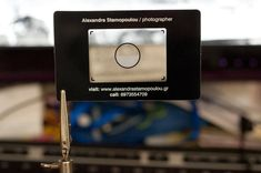 Make business cards that like old viewfinders!