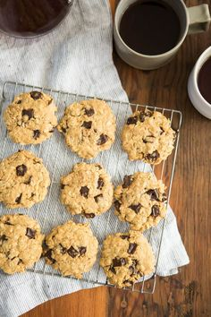 A soft peanut butter oatmeal cookies packed full of dark chocolate chunks and made with maple syrup instead of traditional refined sweeteners.