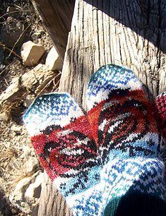 Ravelry: Bullfinch Mittens pattern by Natalia Moreva Bullfinch, Mittens Pattern, Ravelry, Gloves, Loom Knit