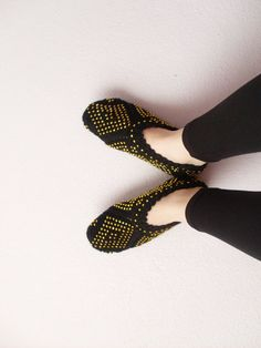 Woman Slippers Black and Gold,Geometric Hand Knit Turkish Slippers,Turkish Socks