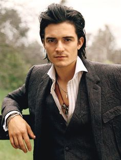 Orlando Bloom is man candy!