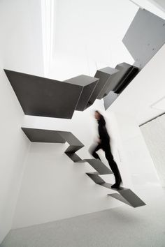 Office Loft 27 by Schlosser & Partner: Surreal.