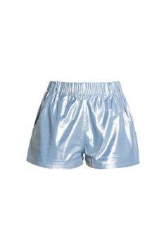 Świetne, błyszczące szorty CONI od #Dudzińskiej. Sprawdź na BoutiqueLaMode.com <3 !