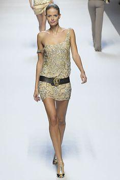 Blumarine Spring 2008 Ready-to-Wear Fashion Show - Julia Stegner