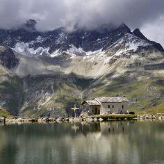 Chapelle Notre-Dame des Neiges, Zermatt, Schwarzsee, Switzerland  ©  pierre hanquin