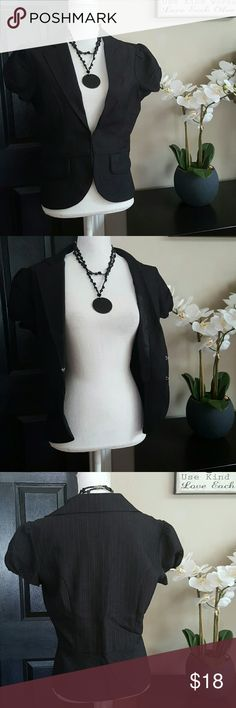 Stooshy Lovely Blazer top sz L Perfect Blazer top , like New! Stooshy  Jackets & Coats Blazers