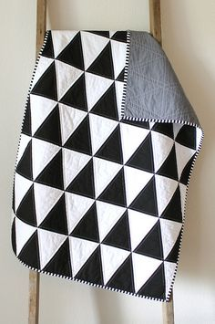 black and white isosceles triangle quilt by CB Handmade