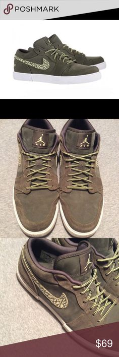 "Men's 2012 Air Jordan Retro V.1 size 12 481177-307 Amazing 2012 Women/Men Air Jordan Retro V.1 -Cargo Khaki / Ylw diamd Shoes. Preowned. Used. God condition. Make an offer! Make it yours! Minor stains and creases. This casual sneaker sports a vulcanized midsole, Jordan branding on the heel and tongue and corded laces. Plus, the Jordan Retro V.1 also has elephant print on the Swoosh, and a subtly stitched ""23"" on the tongue. Although many are skepticcal about ""hybrid"" creations as of late…"