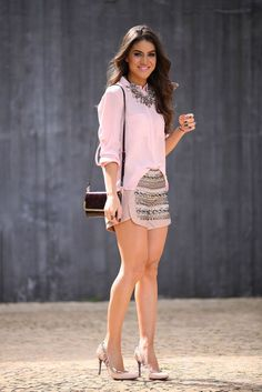 Pastel Top with Embellished Skirt and Love Necklac. Passion For Fashion, Love Fashion, Fashion Looks, Womens Fashion, Latest Fashion, Fashion Trends, Mode Outfits, Short Outfits, Casual Outfits