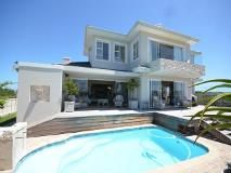 4 Bedroom House For Sale In Brackenridge, Plettenberg Bay R 6 000 000.http
