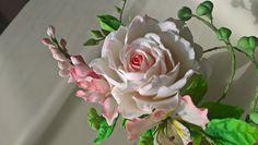 Sugar roses wisteria alstroemerieae
