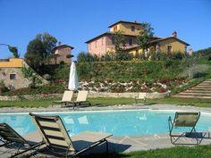 Kleinschalig vakantiedomein met een rustige ligging op een heuveltop in Toscane