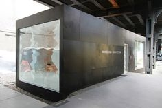 Google Image Result for http://media.dwell.com/images/480*320/richard-chai-snarkitecture-exterior.jpg