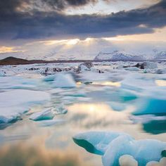 Participate in the Ice Worlds Photo Contest for a chance to win prizes and give exposure to your photography. Join over 100 photo contests per year and browse a huge selection of photos.