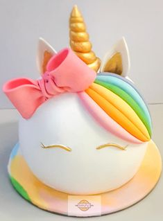 It's going to be a rainbow and unicorns kind of a day for someone special! Vanilla cake filled with strawberry cream and frosted with whipped cream and adorned with fondant accents. Wall Stickers Gaming, Strawberries And Cream, Easter Baskets, Whipped Cream, Vanilla Cake, Frost, Fondant, Party Favors, Strawberry
