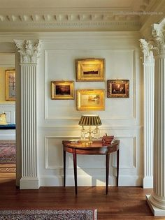 Home Design, Decorating & Remodeling Ideas — hall by Chadsworth Columns. Foyer Decorating, Interior Decorating, Interior Design, Decorating Ideas, Traditional Decor, Traditional House, Traditional Kitchens, Traditional Bedroom, Planchers En Chevrons
