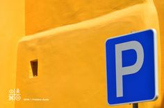 """P"" like Portugal or like Parking: experiencing mindfulness in the streets of the Alfama. Alfama, Lisboa, Portugal. Nikon D7000, zoom 200mm, opening 2,8"