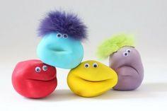 How can you actually do an anti stress ball yourself? To make a kneadin Diy Stressball, Diy Crafts For Kids, Fun Crafts, Anti Stress Ball, Balle Anti Stress, Colourful Balloons, Baby Center, Fidget Toys, Monster Party