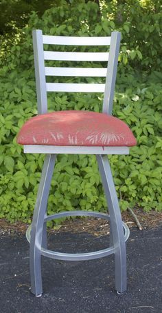 Outdoor barstools for sale at the Renovisions Showroom. Your choice of style, color and fabric!