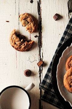 Peanut Butter Cup Cookies // Pastry Affair