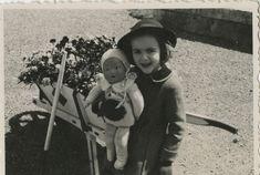 Dans l'album photos retrouvé de Françoise Sagan Françoise Sagan, Cecile, Album Photo, Photos, Art, Young Love, Art Background, Pictures, Kunst
