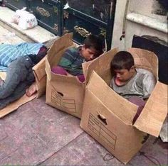 In Syria the unemployment rate is with million homeless due to conflict and 2 million children having to drop out of school. Poor Children, Precious Children, Save The Children, Beautiful Children, Kids Around The World, We Are The World, People Around The World, Mundo Cruel, Bless The Child
