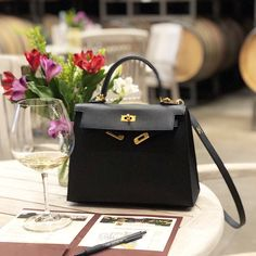 Find tips and tricks, amazing ideas for Hermes handbags. Discover and try out new things about Hermes handbags site