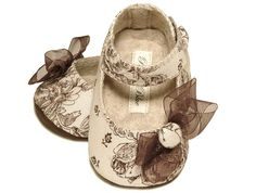 Hannah Baby Shoe
