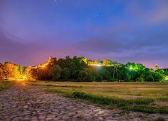 Der Arneburger Burgberg bei Nacht  #Arneburg #altmark #nacht #night #nightphotography #longexposure #amazing_longexpo #nightsky #langzeitbelichtung #lichter