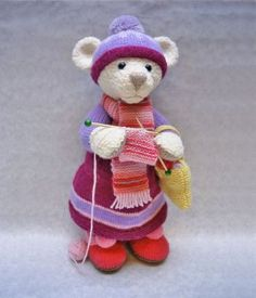 A knitting pattern to make a bear who is a knitter!?  The adorable humor is not lost on me.