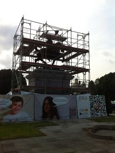 #andamios para el Monumento al Cid Campeador, Sevilla. Cubierto, parte frontal