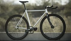 Contender Fixie Bike by State Bicycle Co.... I want it! I want it!