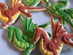 Dragon Cookies – Knits, Bits, and Bytes Iced Cookies, Cupcake Cookies, Sugar Cookies, Cookies Et Biscuits, Cookies Princesse, Princess Cookies, Cookie Icing, Royal Icing Cookies, Dragon Cookies