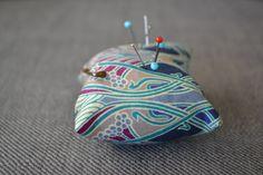Pique-aiguilles façon art déco #cushion #pillow #homemade #handmade  #indoor #lifestyle