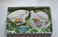 Tea Party Vanilla Almond Decorated Sugar Cookies via Etsy. Cocoa Cookies, Iced Cookies, Royal Icing Cookies, Sugar Cookies, Fancy Cookies, Custom Cookies, How To Make Cookies, Teapot Cookies, Coffee Cookies