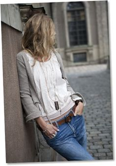 long necklace & casual comfort