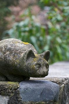 Cat Statue in Nearing Garden in Maine.  I think I like this statue the best. Makes me think of my cat. #Cats