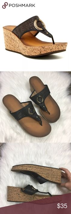 1b170cdef1a6 Clarks Avaleen Lake Wedge Thong Sandals 11 Black Clarks women s Avaleen  Lake Wedge thong sandals with