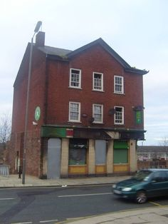 The Cumberland Arms-Netherfield Rd Liverpool History, Jamaica, Scotland, Arms, London, House Styles, Big Ben London, Arm, Weapons