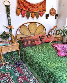 A decoration of the bedroom is very much important. It is the heartiest desire of every homemaker to have a beautiful bedroom style. Bohemian Furniture, Bohemian Decor, Bohemian Style, Interior Exterior, Interior Design, Tropical Bedrooms, Boho Stil, Blue Rooms, Eclectic Decor