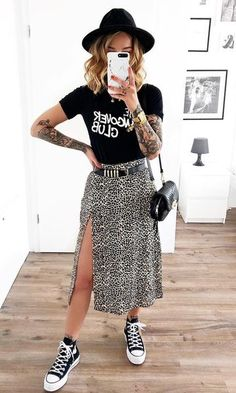 Saika Midi Skirt in Rar Leopard Brown by Motel – has this outfit been pinned 100 times on this board? Outfits With Converse, Edgy Outfits, Skirt Outfits, Cute Outfits, Fashion Outfits, Outfit With Skirt, Midi Skirt Outfit Casual, Womens Fashion, Fashion Ideas