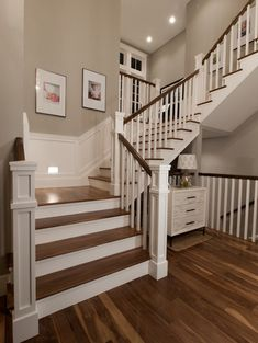 U-Shape Staircase with nook landing.