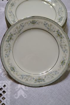 Vintage Noritake Colburn Bread and Butter Dessert Plate White Blue Floral Replacement PanchosPorch Bread N Butter, Noritake, Vintage China, Vintage Shops, Floral Design, Delicate, Plates, Tableware, Desserts