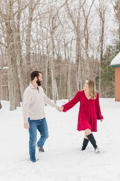 Best of 2020 Couples Sessions | Caitlin Page Photography | Get more outfit inspiration from this post full of engagement sessions. #engagementphotos #newenglandengagement Clothing Photography, Couple Photography, Engagement Photography, Engagement Session, Wedding Photography, Winter Engagement Photos, Photo Look, New Hampshire, Travel Style