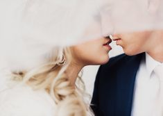 Eden Strader Photography, Utah state capitol bridals, modest wedding dress, bridal pose ideas