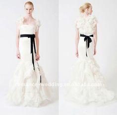 sleeves #wedding #weddingdress #bridal