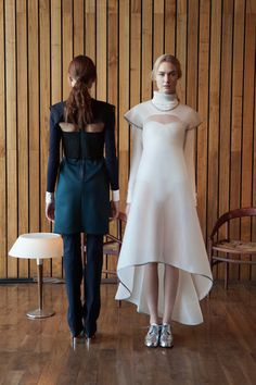 CG Fall 2014 Ready-to-Wear Collection Slideshow on Style.com