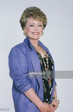 Rue McClanahan as Blanche Devereaux-- Photo by: Gary Null/NBCU Photo Bank Get premium, high resolution news photos at Getty Images Golden Girls Quotes, Rue Mcclanahan, Blanche Devereaux, Stylish Older Women, Gold Girl, Betty White, Classic Actresses, Older Women Hairstyles, 80s Fashion