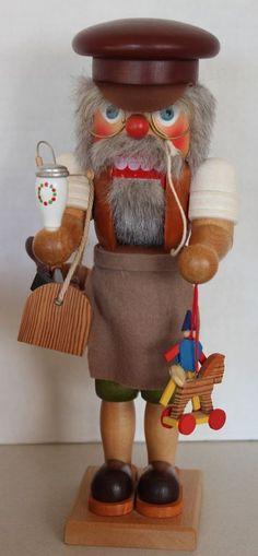 MIB Vintage HOLZKUNST CHRISTIAN ULBRICHT Toy Maker Smoker Nutcracker
